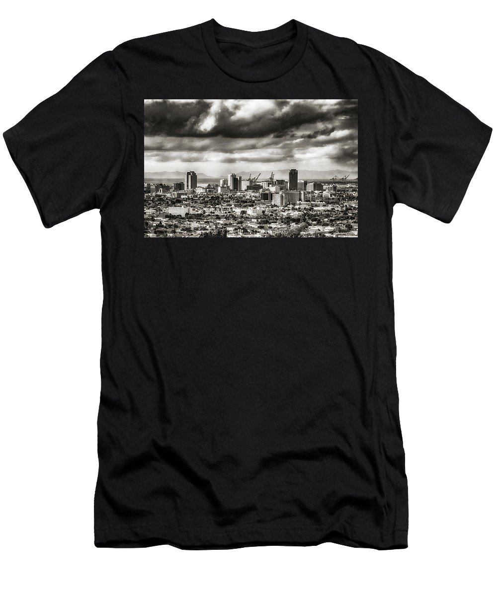 Cityscape Men's T-Shirt (Athletic Fit) featuring the photograph Long Beach City View by Joseph Hollingsworth