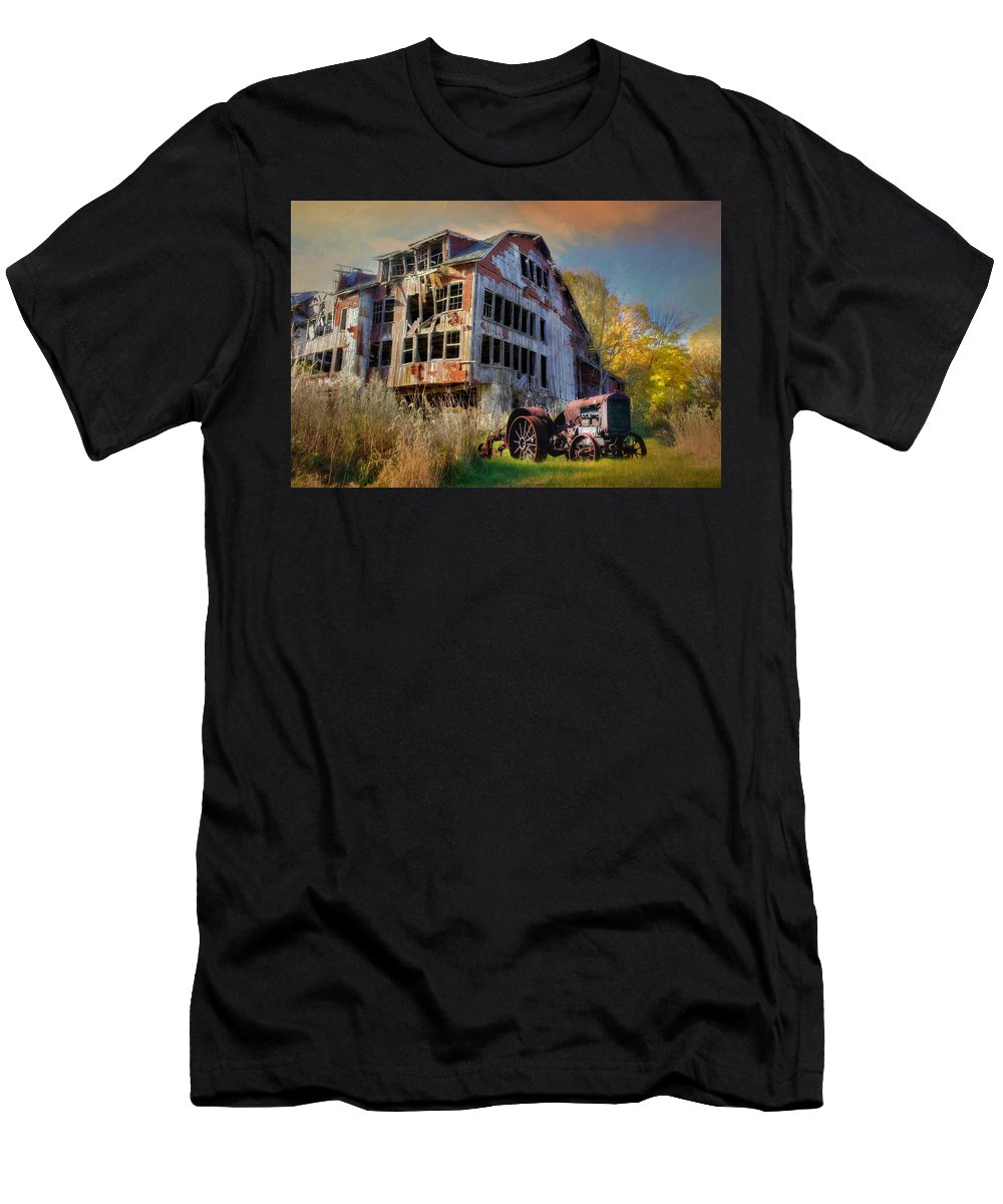 Barn Men's T-Shirt (Athletic Fit) featuring the photograph Long Forgotten by Lori Deiter