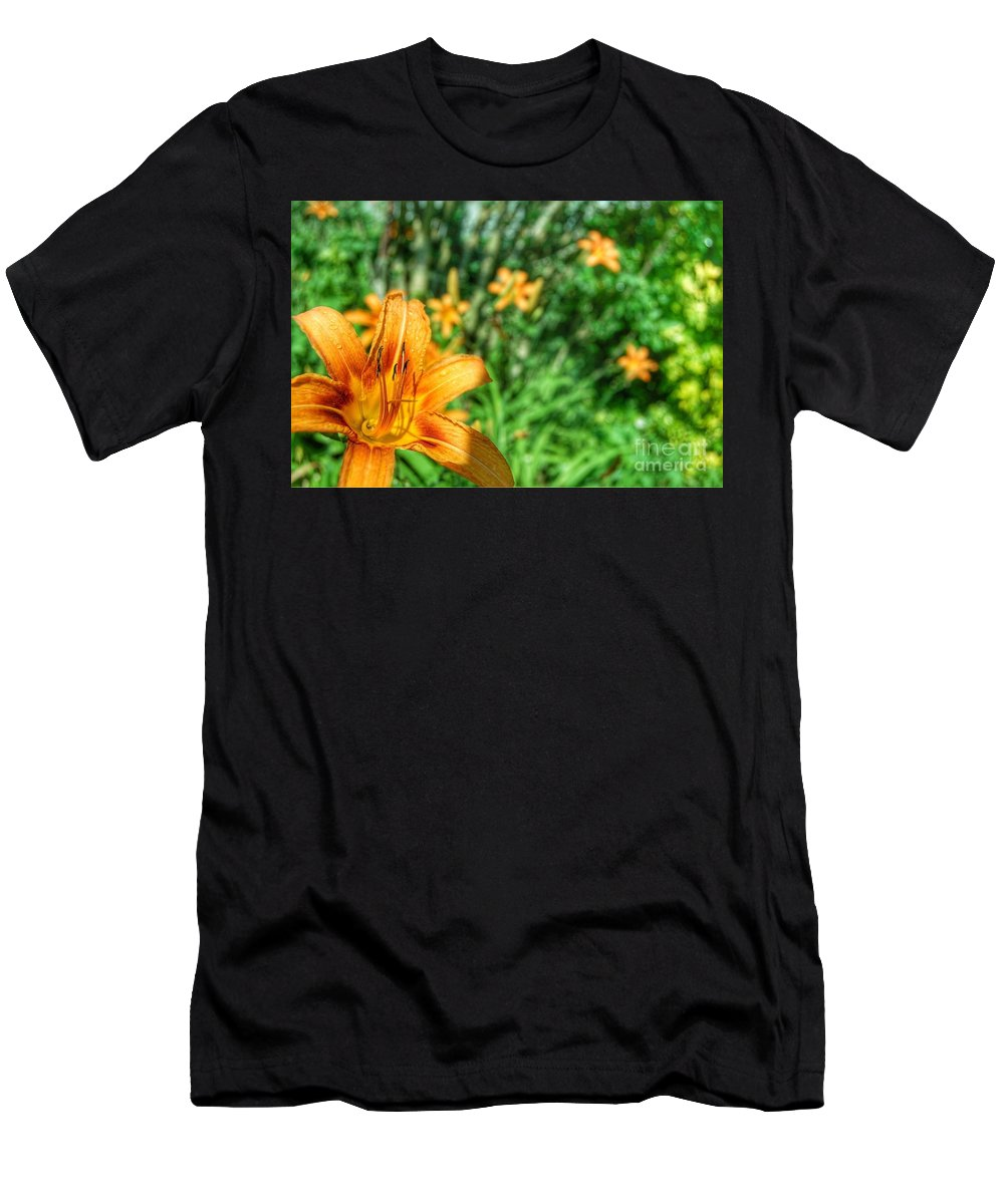 Abstract Men's T-Shirt (Athletic Fit) featuring the photograph Loony by Alwyn Glasgow