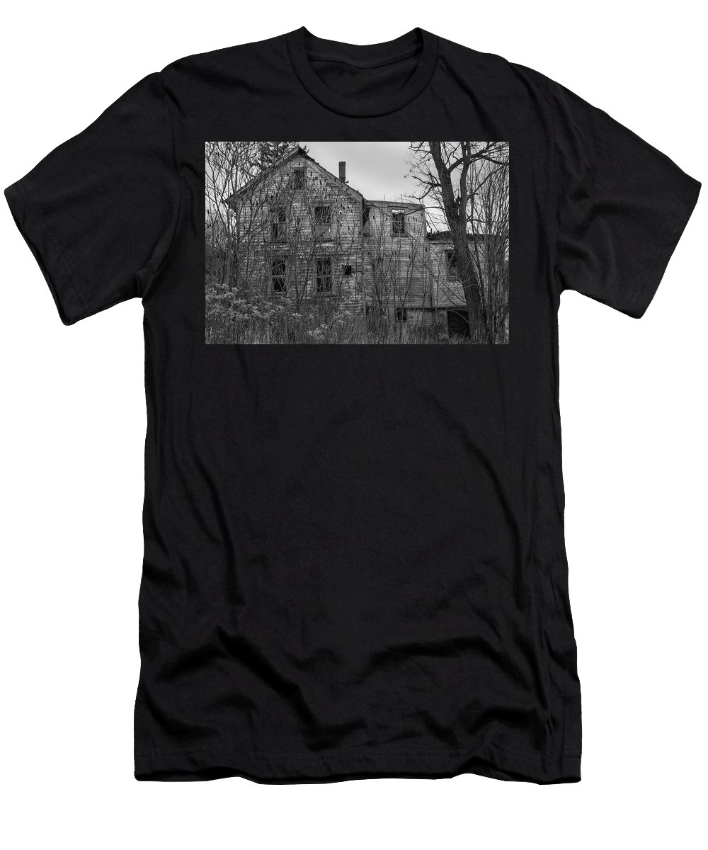 Abandoned Men's T-Shirt (Athletic Fit) featuring the photograph Lost In Time by Frank Morales Jr