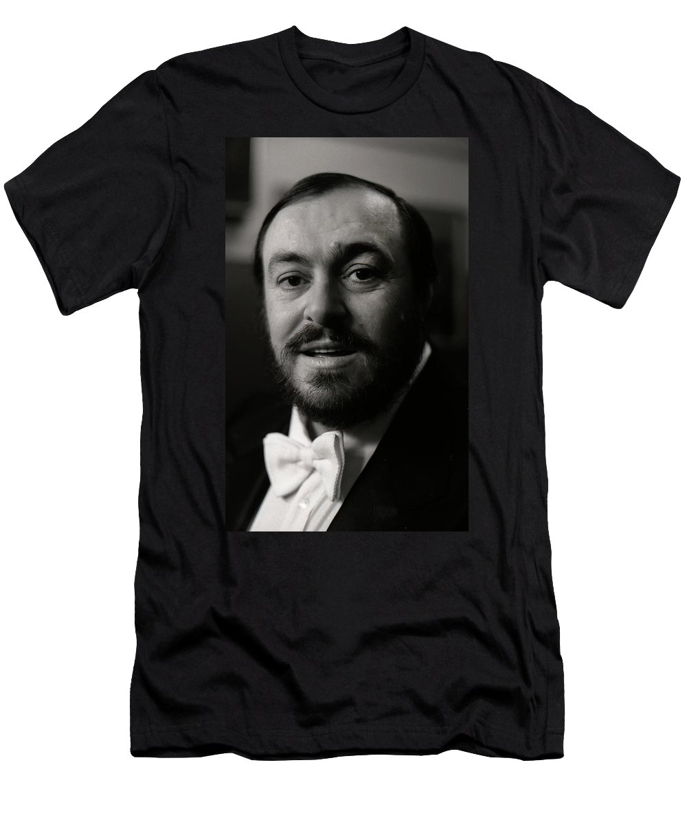 Pavarotti Men's T-Shirt (Athletic Fit) featuring the photograph Luciano Pavarotti by KG Thienemann
