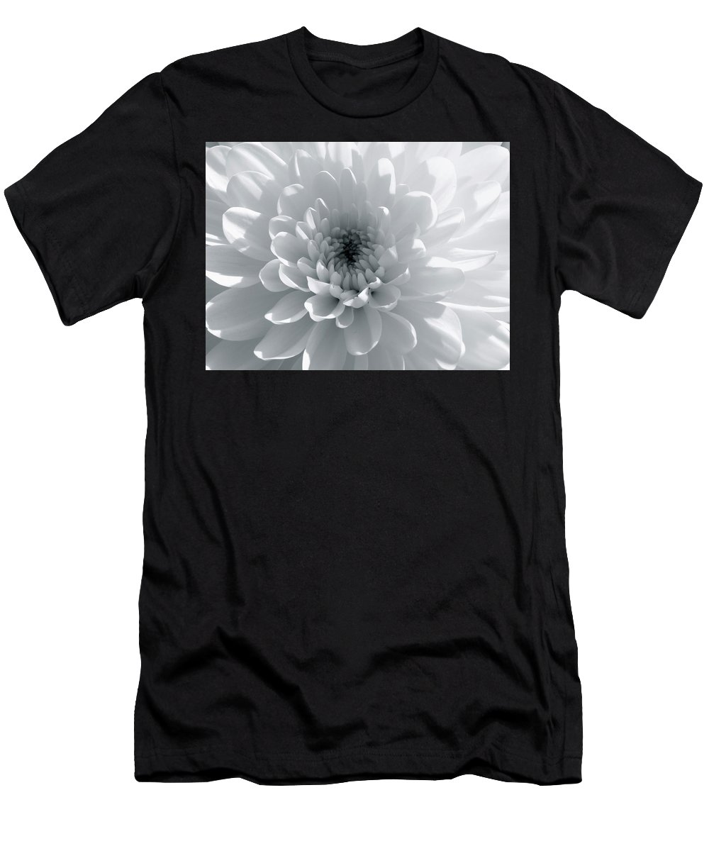 Nature Men's T-Shirt (Athletic Fit) featuring the photograph Luminous by Shannon Turek