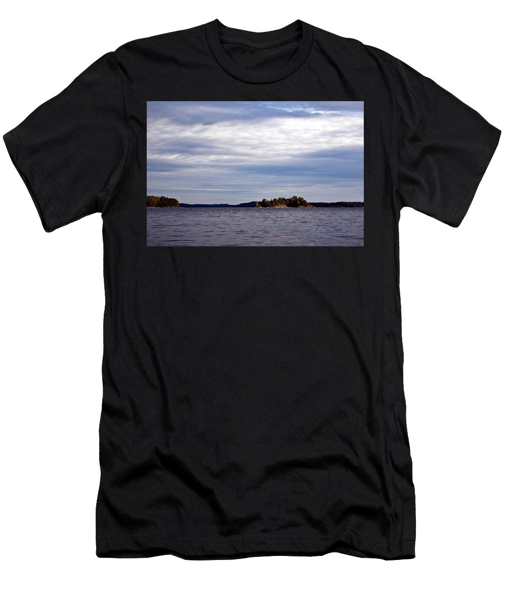Landscape Men's T-Shirt (Athletic Fit) featuring the photograph Luonteri by Jarmo Honkanen