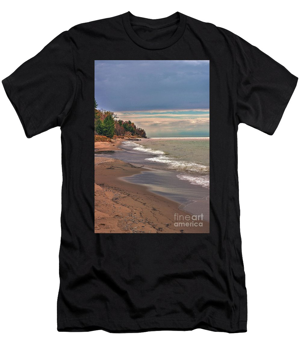Magoon Creek Men's T-Shirt (Athletic Fit) featuring the photograph Magoon Creek South by Randy Pollard