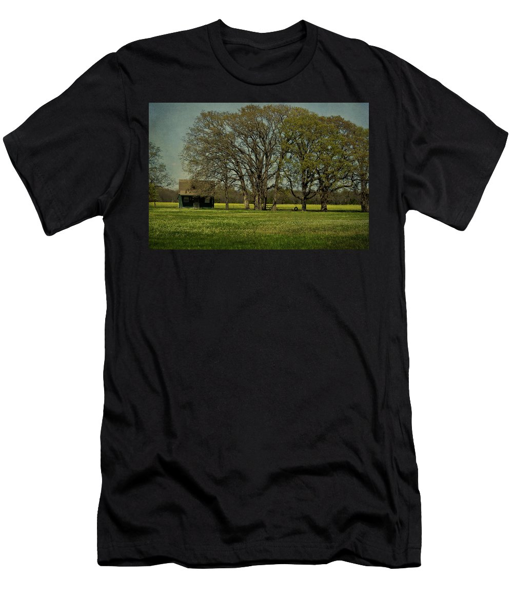 Landscape Men's T-Shirt (Athletic Fit) featuring the photograph Mama's House by Jill Smith