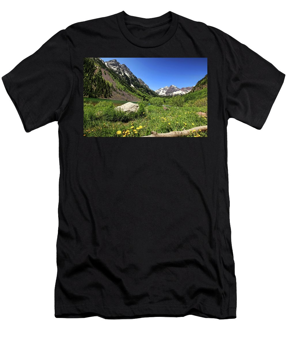 Maroon Bells Men's T-Shirt (Athletic Fit) featuring the photograph Maroon Bells In Summer 2 by Judy Vincent