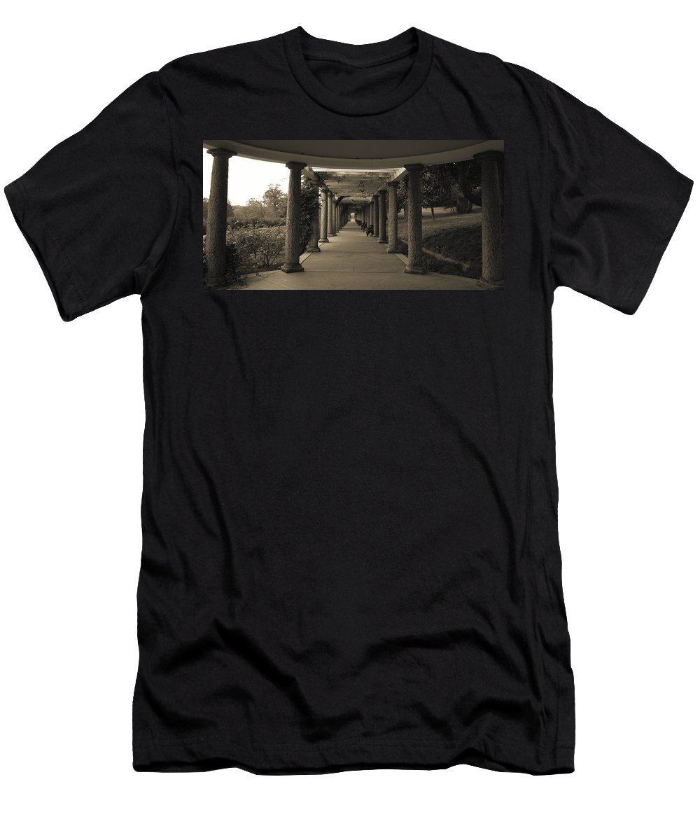 Maymont Men's T-Shirt (Athletic Fit) featuring the photograph Maymont's Italian Garden by Tina Meador