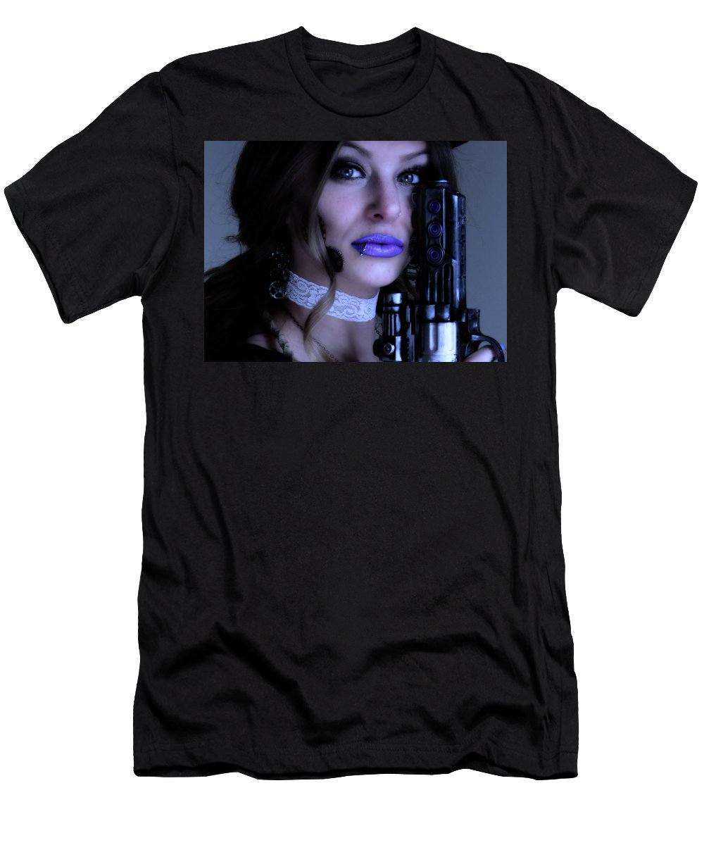 Close Up Men's T-Shirt (Athletic Fit) featuring the photograph Melissa Gotta Gun by Bill Munster