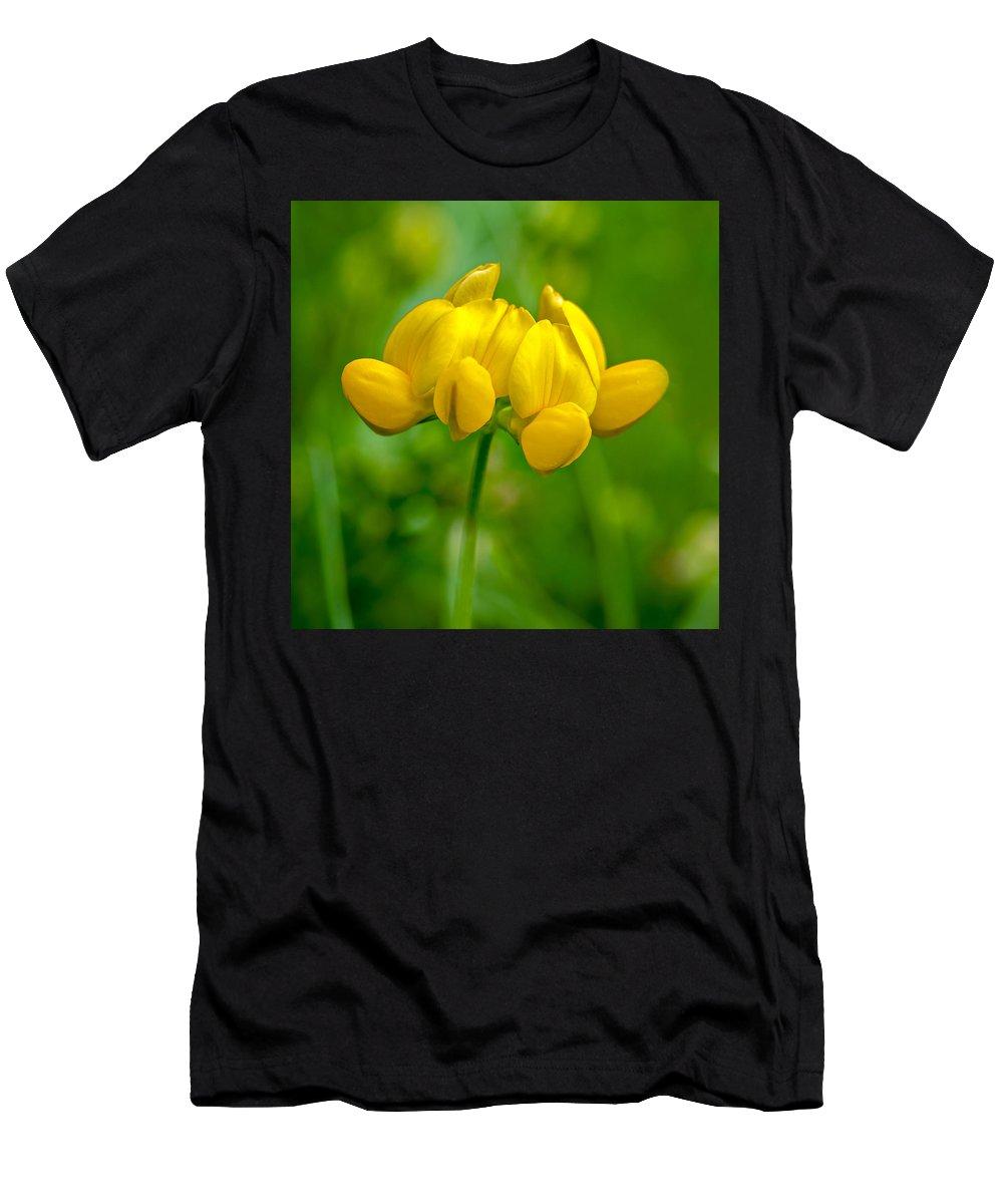 Steve Harrington Men's T-Shirt (Athletic Fit) featuring the photograph Mellow Yellow by Steve Harrington