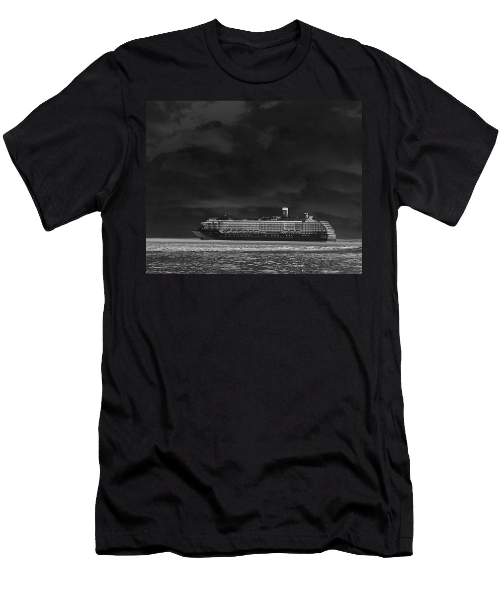 Cruise Men's T-Shirt (Athletic Fit) featuring the photograph Midnight Magic by Gary Wonning