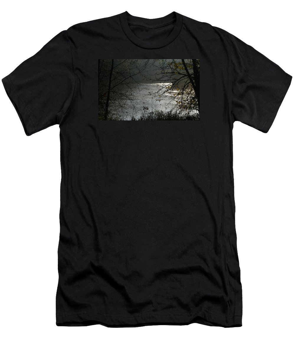 River Men's T-Shirt (Athletic Fit) featuring the photograph Misty Morning by Linda Shafer