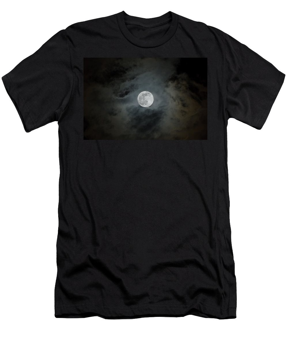 Moon Men's T-Shirt (Athletic Fit) featuring the photograph Moonstruck by Rich Leighton