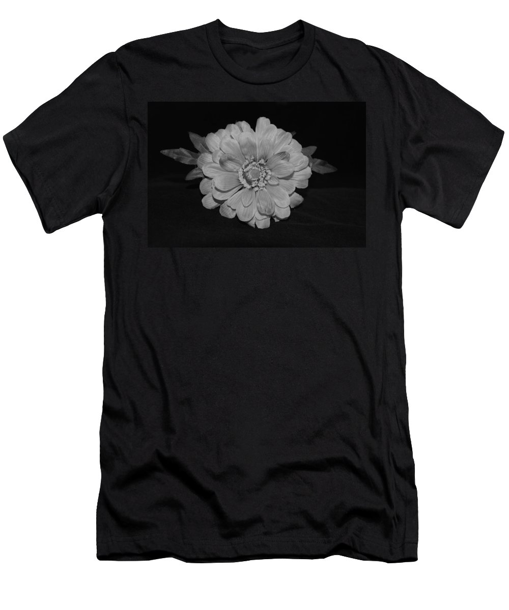 Black And White Men's T-Shirt (Athletic Fit) featuring the photograph Mothers Day Flower by Rob Hans