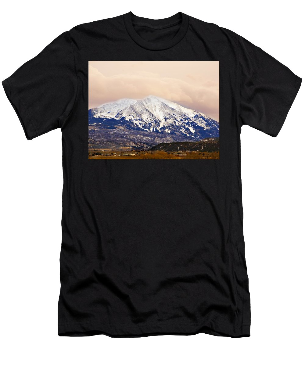 Americana Men's T-Shirt (Athletic Fit) featuring the photograph Mount Sopris by Marilyn Hunt