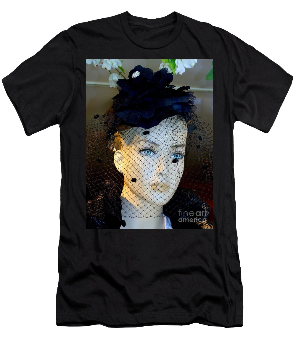 Mannequins Men's T-Shirt (Athletic Fit) featuring the photograph Mourning Millicent by Ed Weidman