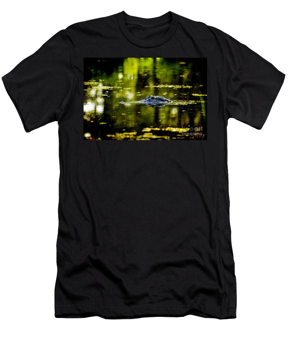 Alligator Men's T-Shirt (Athletic Fit) featuring the photograph Mr. Nice Guy by Scott Pellegrin