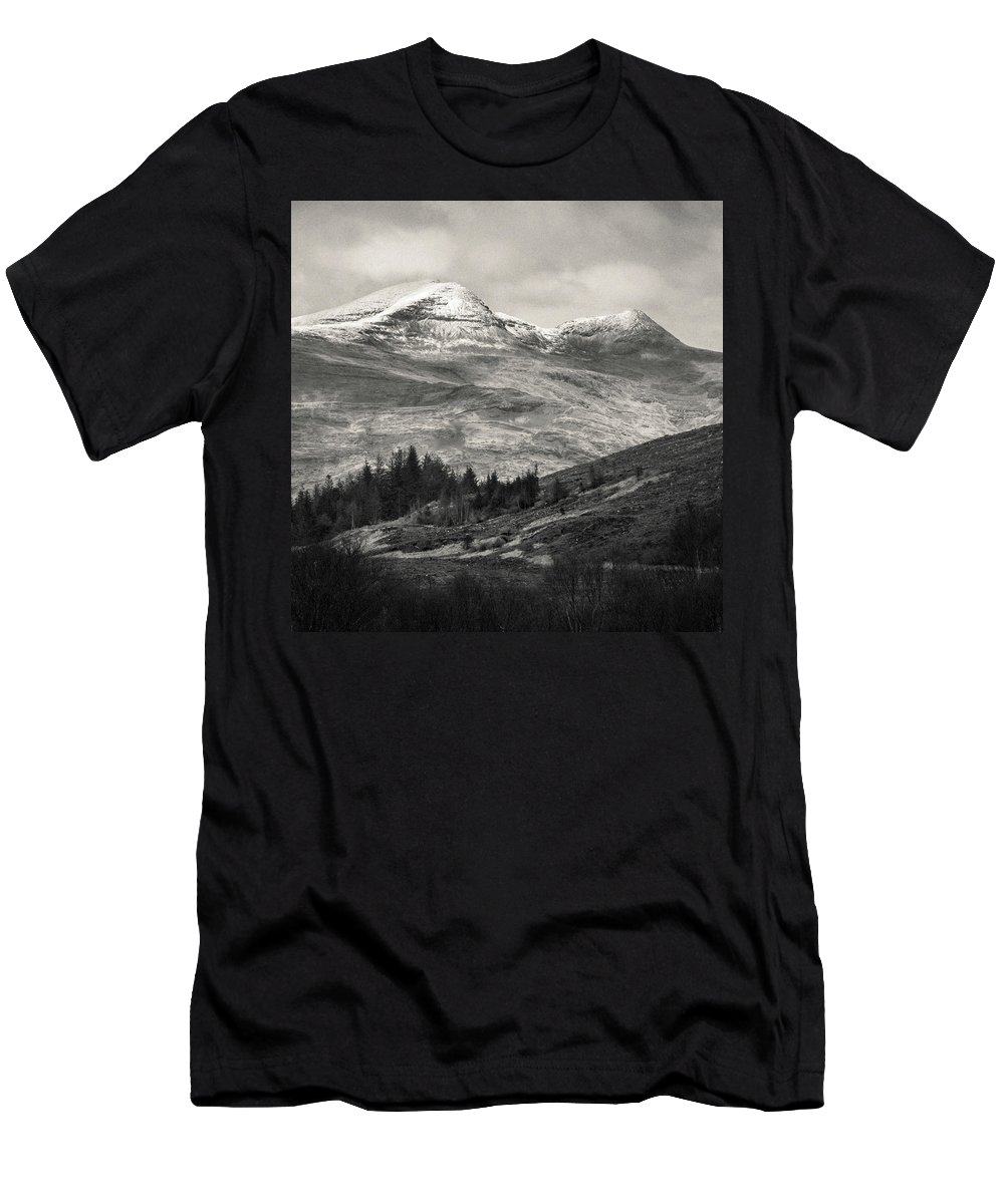 Landscapes Men's T-Shirt (Athletic Fit) featuring the photograph Mull Landscape by Dave Bowman