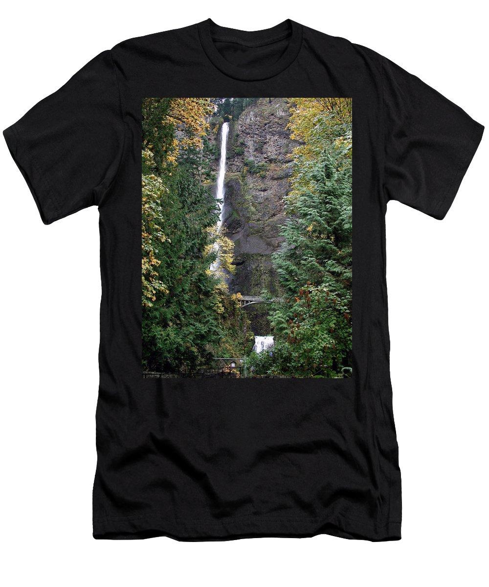 Multnomah Falls Men's T-Shirt (Athletic Fit) featuring the photograph Multnomah Falls - 5 by D'Arcy Evans