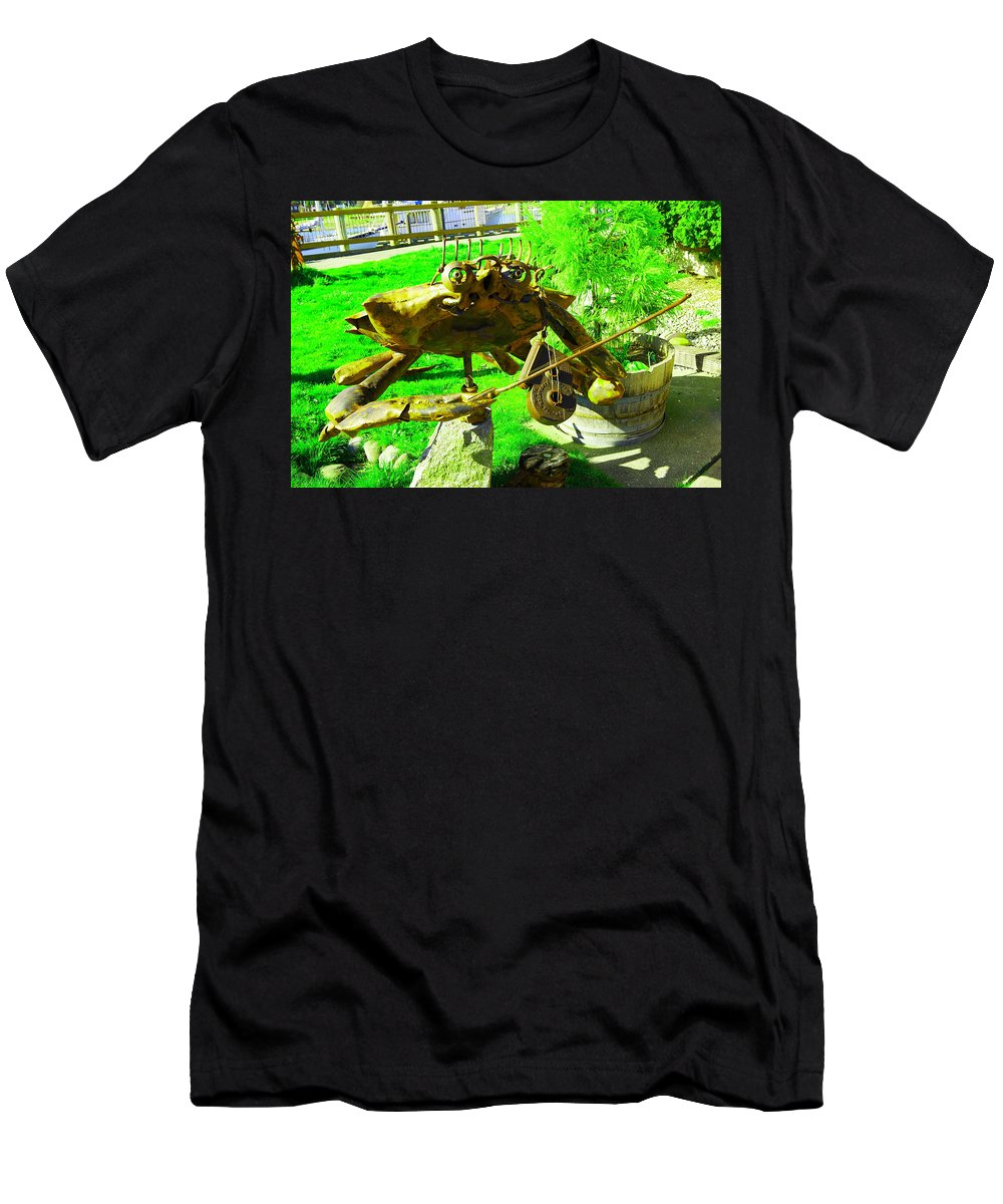 Metal Men's T-Shirt (Athletic Fit) featuring the photograph Musical Crab by Jeff Swan