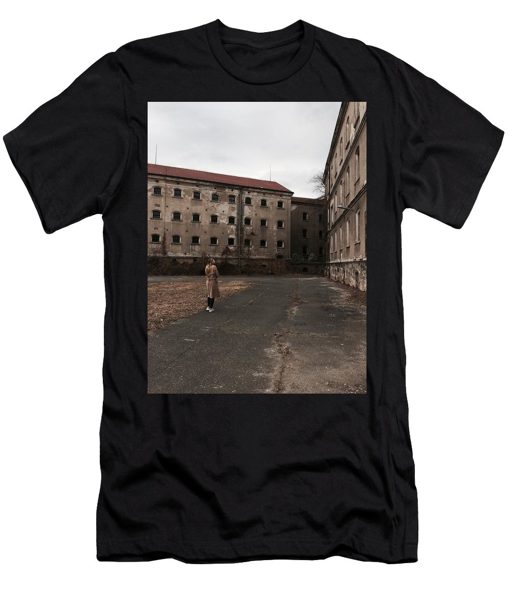 Girl Men's T-Shirt (Athletic Fit) featuring the photograph Mystery House by Tonka Masic
