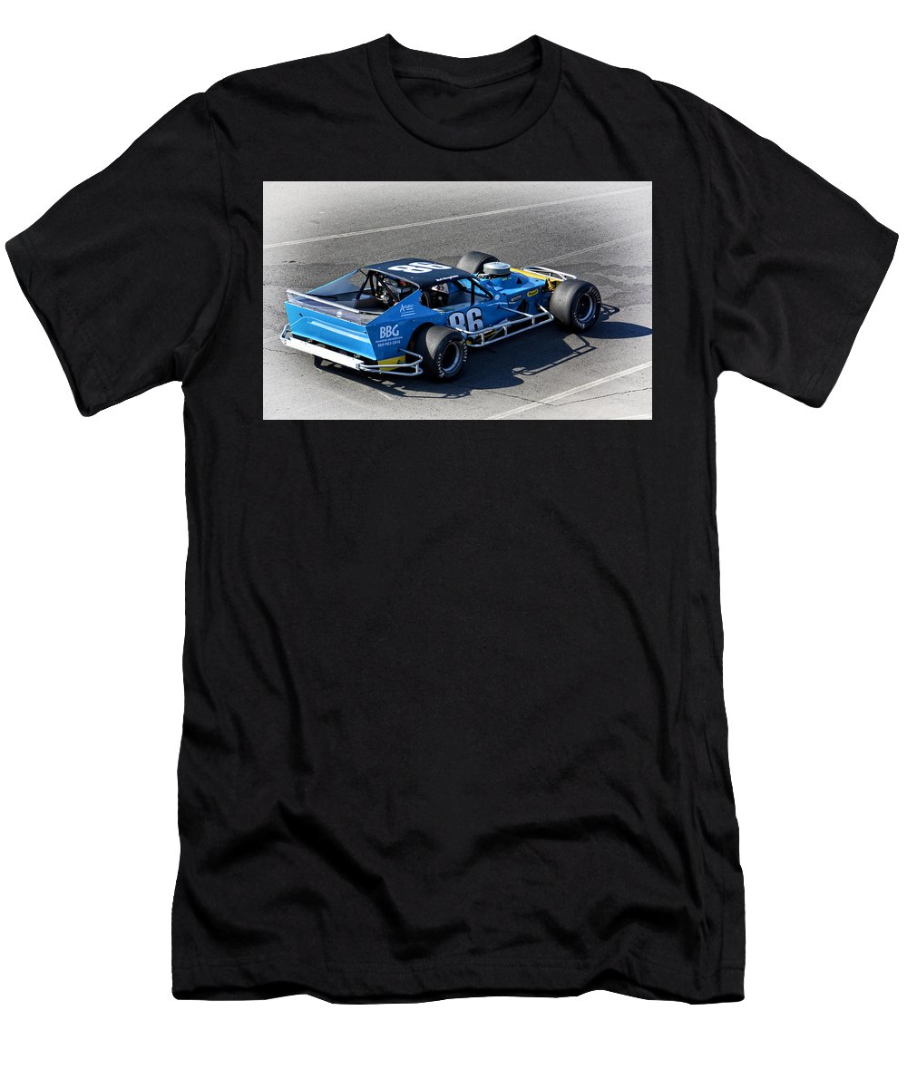 Nascar Men's T-Shirt (Athletic Fit) featuring the photograph Nascar 86 Sk Modified by Mike Martin