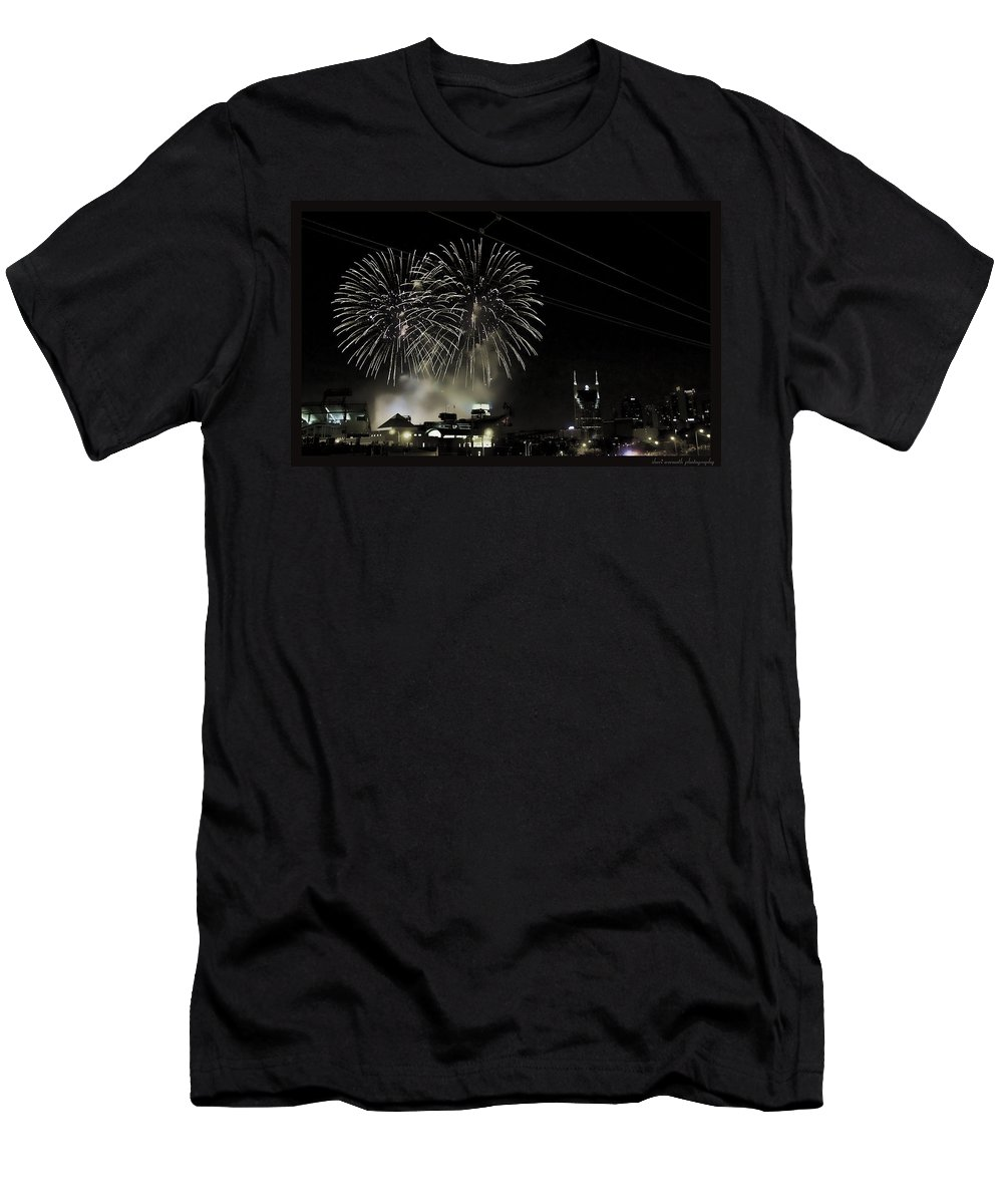 Fireworks Men's T-Shirt (Athletic Fit) featuring the photograph Nashville 4th Of July by Sheri Bartoszek