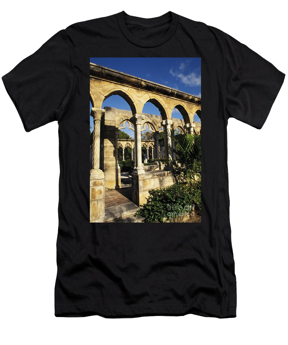 Afternoon Men's T-Shirt (Athletic Fit) featuring the photograph Nassau Cloisters by Bill Bachmann - Printscapes