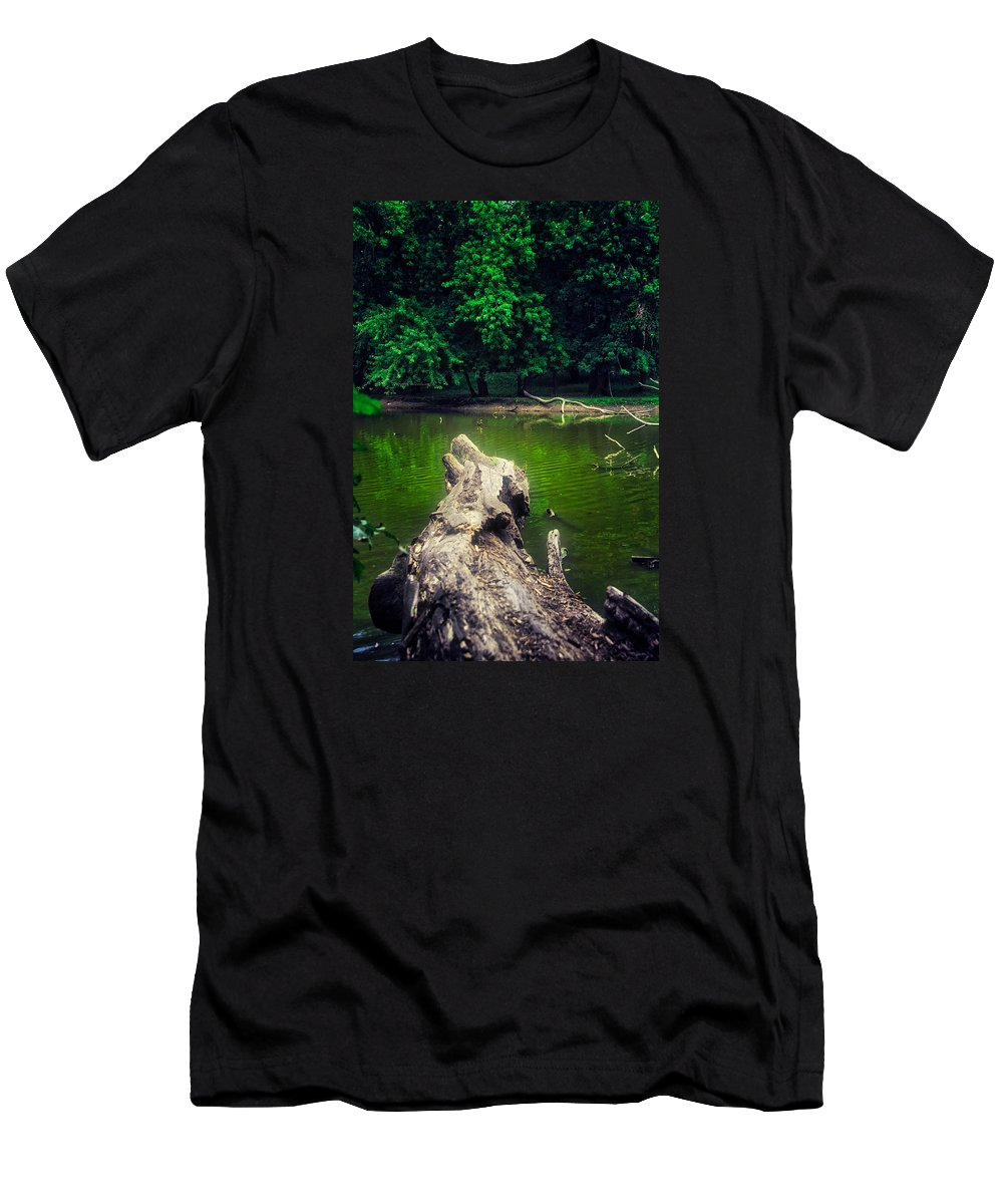 River Men's T-Shirt (Athletic Fit) featuring the photograph Natural Fishing Pier by Thomas Woolworth