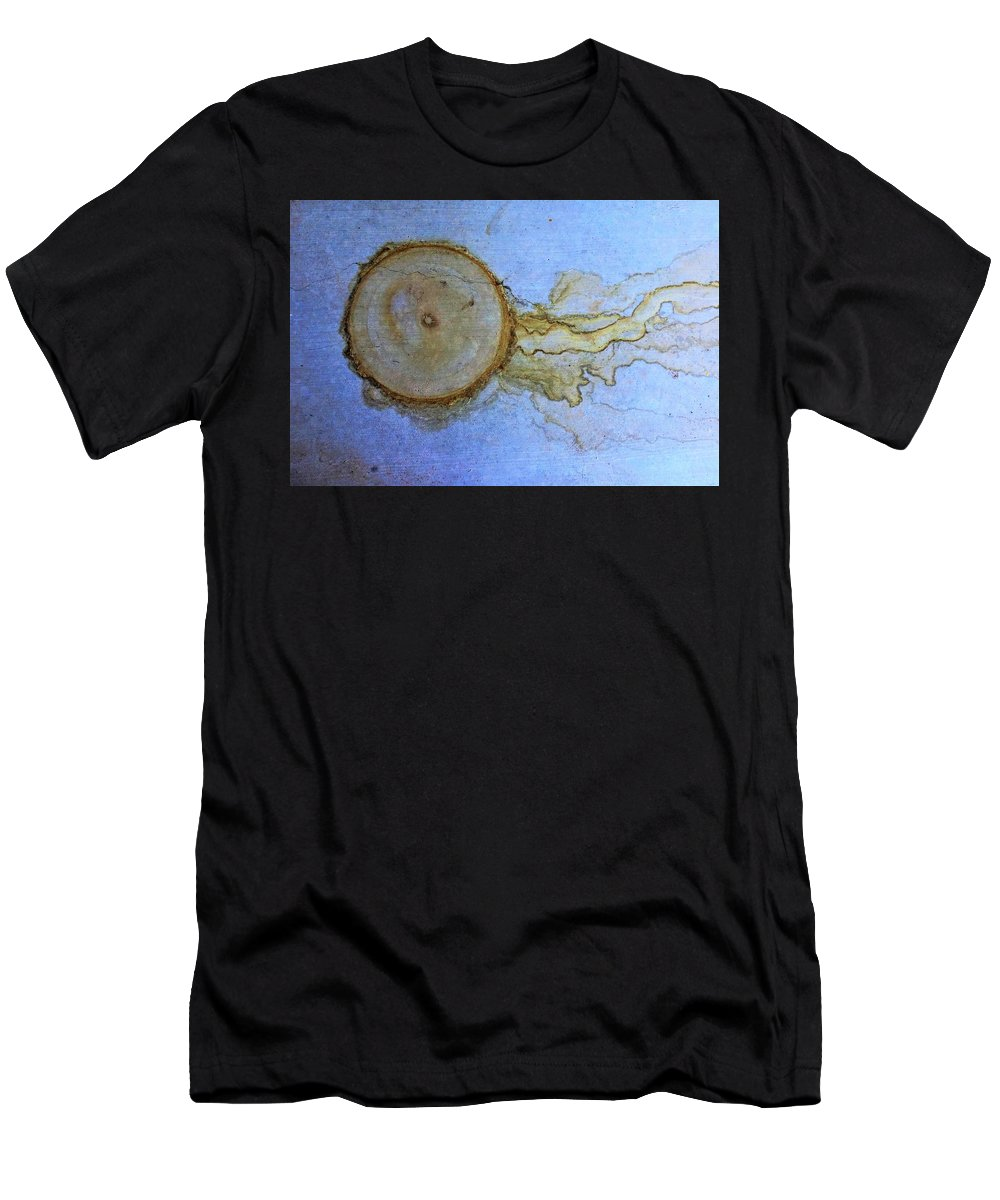 Nature's Men's T-Shirt (Athletic Fit) featuring the photograph Nature's Abstract by Bill Tomsa