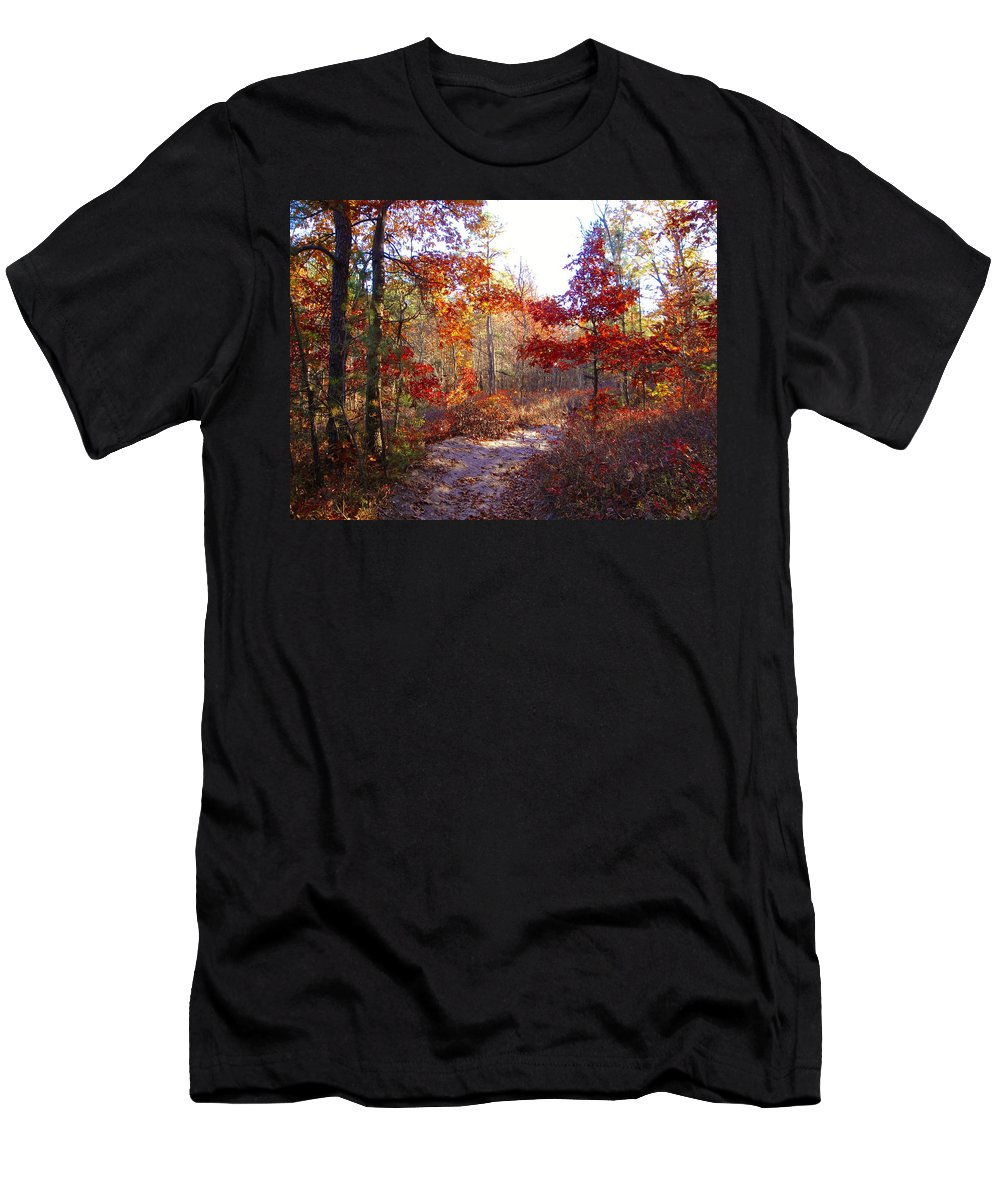 Nature Men's T-Shirt (Athletic Fit) featuring the photograph Nature's Expression-17 by Leonard Holland
