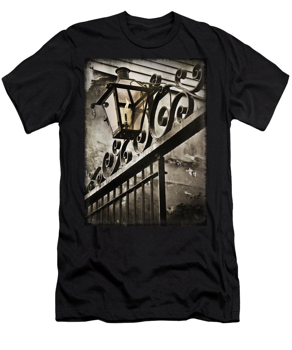 Louisiana Men's T-Shirt (Athletic Fit) featuring the photograph New Orleans Gaslight by Beth Riser
