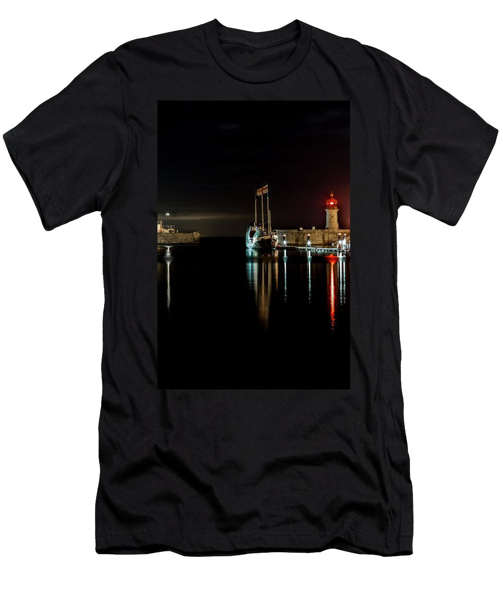 Boat Men's T-Shirt (Athletic Fit) featuring the photograph Night Boat by Kane Guy