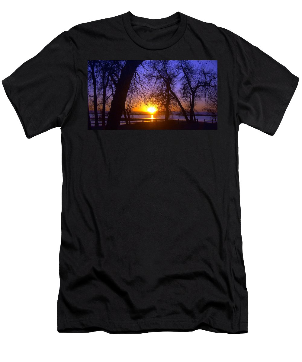 Barr Lake Men's T-Shirt (Athletic Fit) featuring the photograph Night In Barr Lake Colorado by Merja Waters