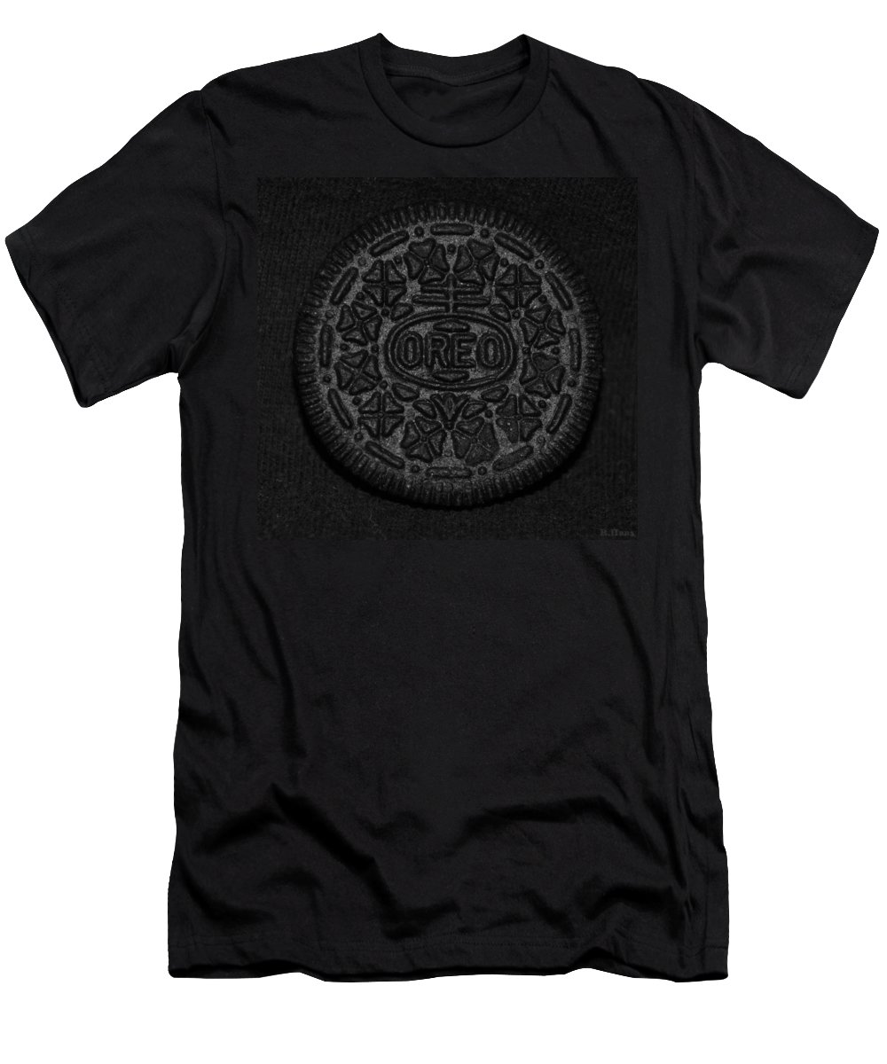 Oreo Men's T-Shirt (Athletic Fit) featuring the photograph O R E O by Rob Hans
