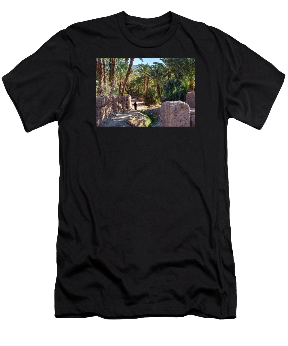 Oasis Men's T-Shirt (Athletic Fit) featuring the photograph Oasis Coolness by Claudio Maioli
