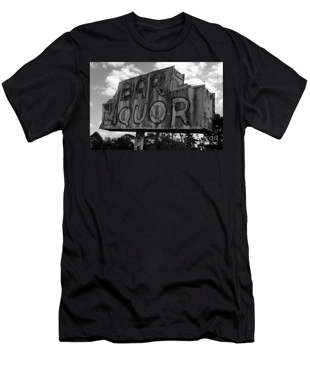 Bar Men's T-Shirt (Athletic Fit) featuring the photograph Oasis by David Lee Thompson