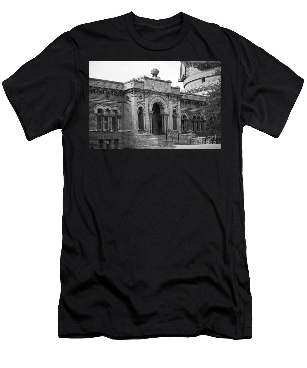 Williams Bay Men's T-Shirt (Athletic Fit) featuring the photograph Observatory In Williams Bay by David Bearden