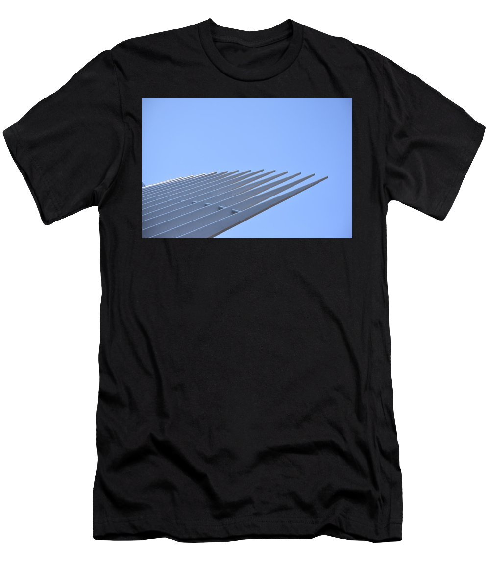 Oculus Men's T-Shirt (Athletic Fit) featuring the photograph Oculus No. 1 by Sandy Taylor