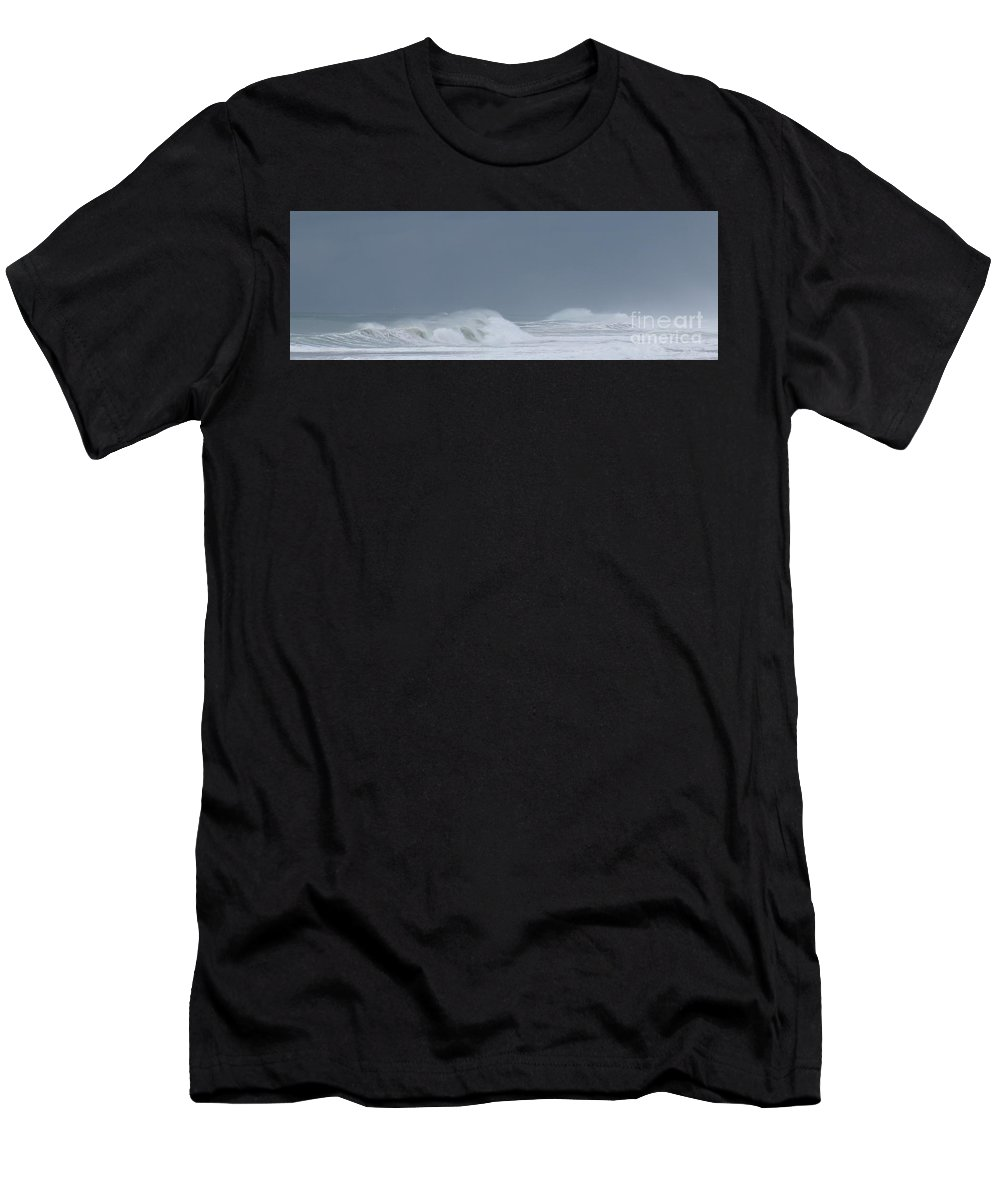 Men's T-Shirt (Athletic Fit) featuring the photograph Offshore Winds by Larry Daeumler