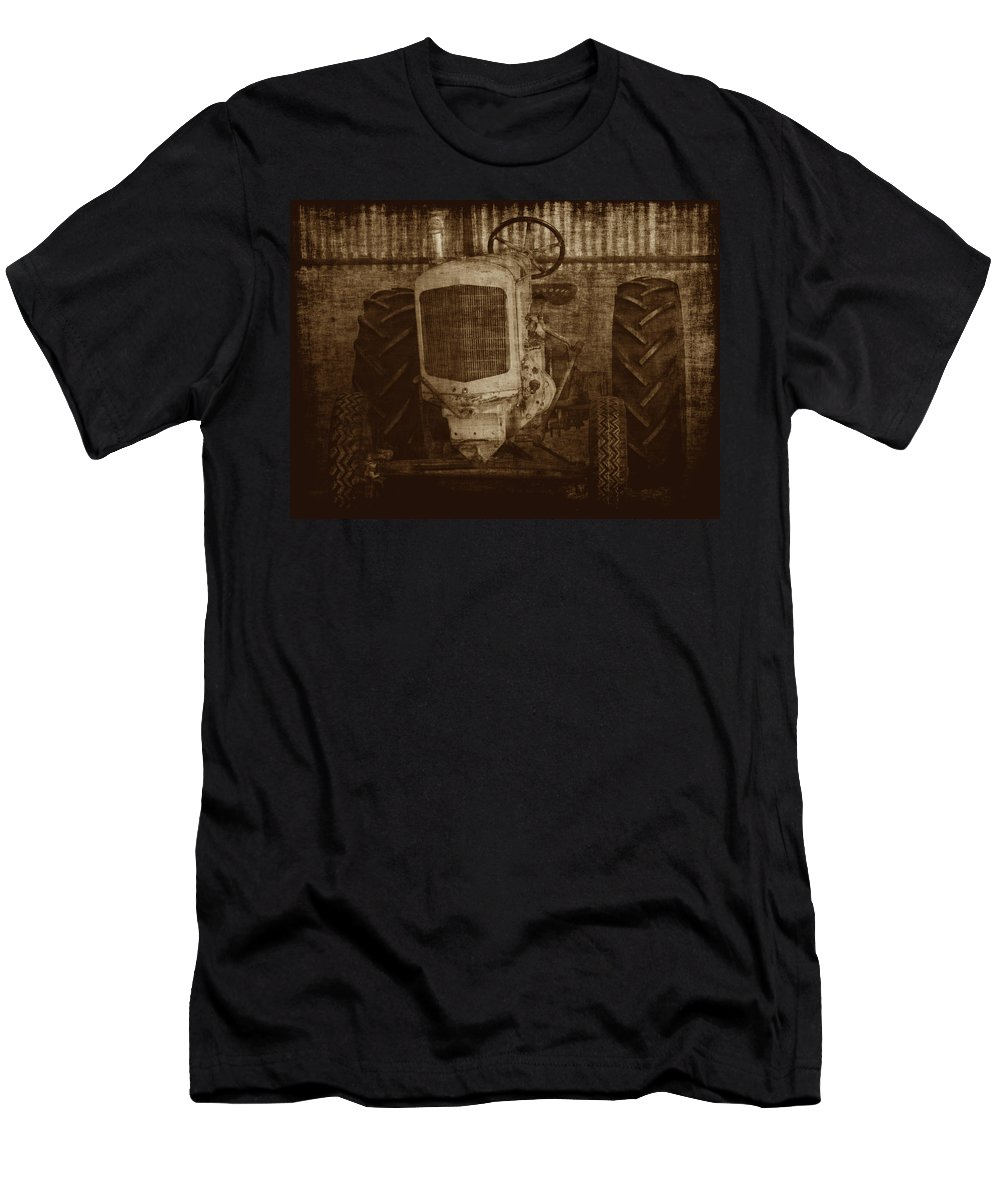 Crank Tractors Men's T-Shirt (Athletic Fit) featuring the photograph Ol Yeller In Sepia by Ernie Echols