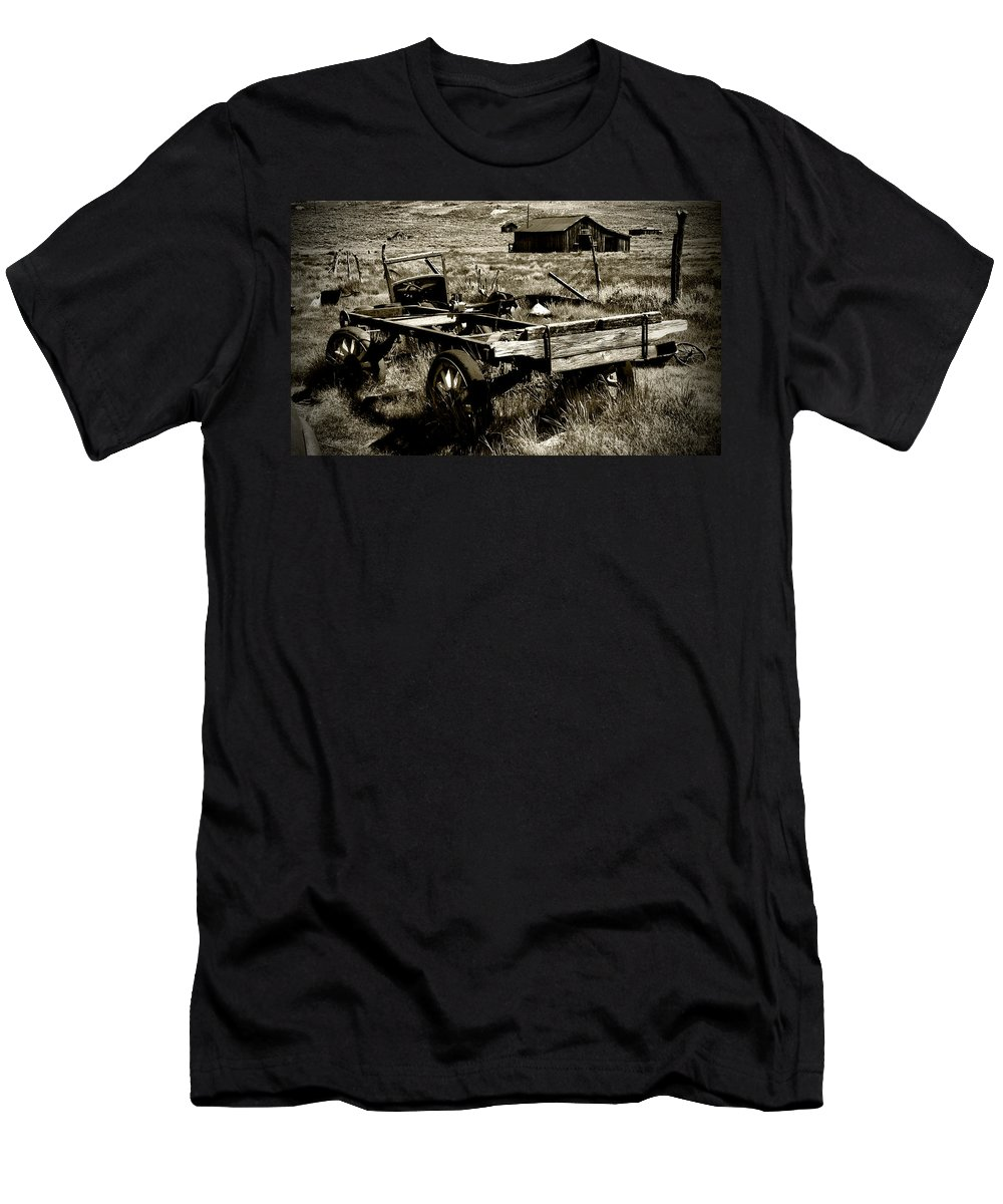 Old Fella Men's T-Shirt (Athletic Fit) featuring the photograph Old Fella by Chris Brannen