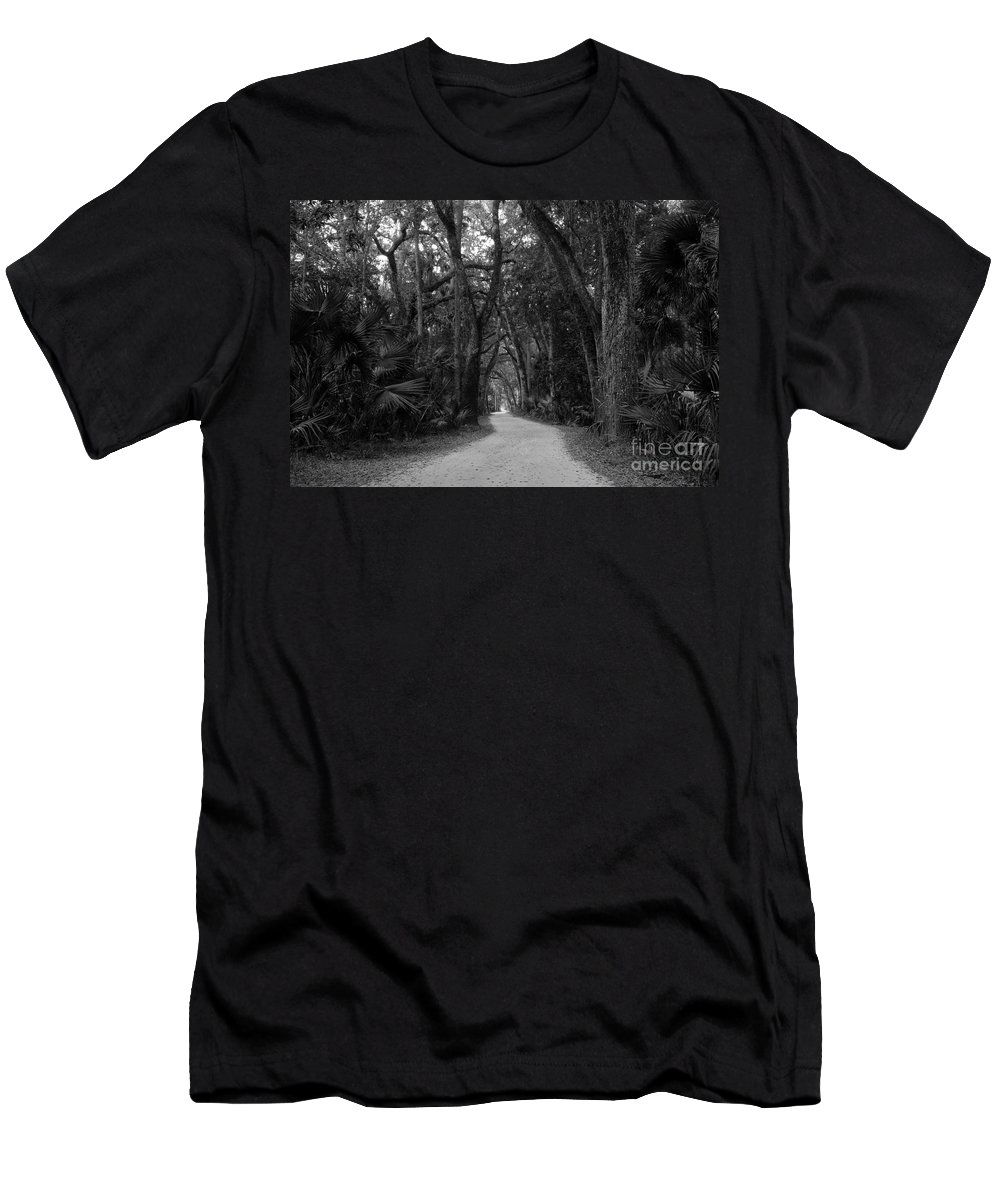 Landscape Men's T-Shirt (Athletic Fit) featuring the photograph Old Florida by David Lee Thompson