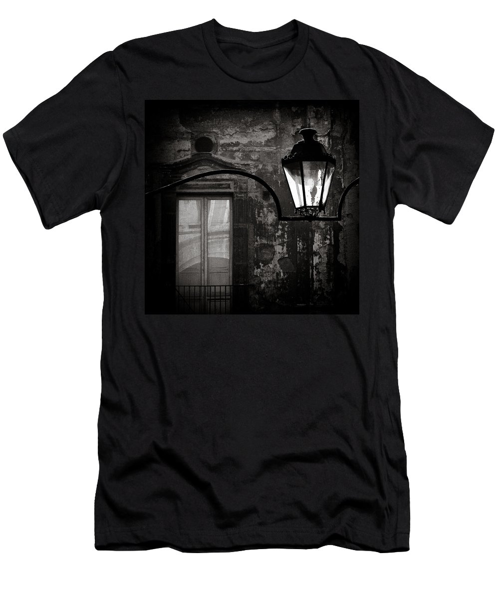 Naples Men's T-Shirt (Athletic Fit) featuring the photograph Old Lamp by Dave Bowman