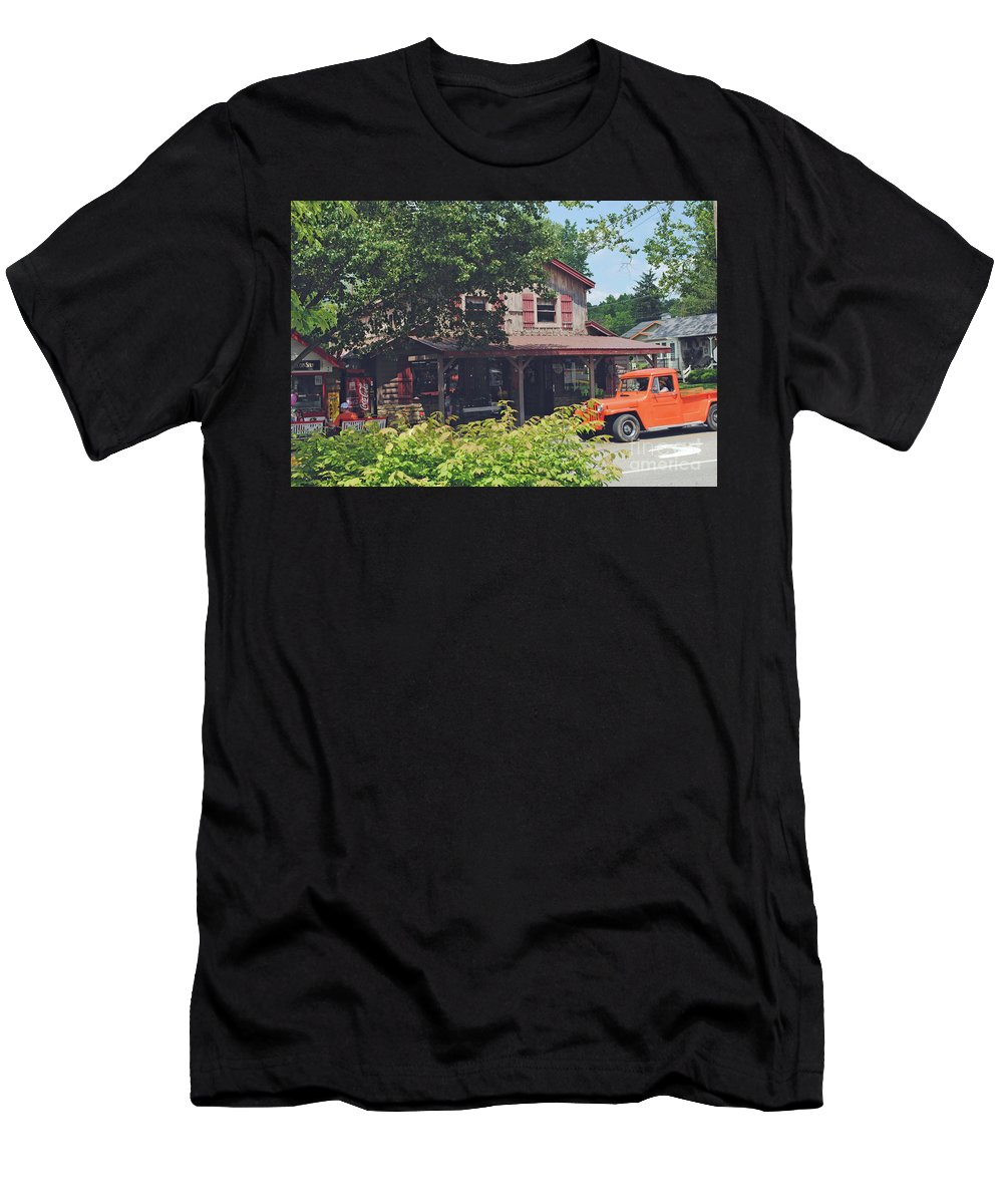 Nashville Men's T-Shirt (Athletic Fit) featuring the photograph Old Nashville by Jost Houk