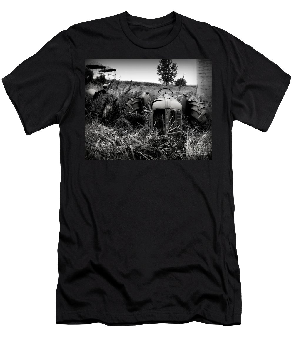 Tractor Men's T-Shirt (Athletic Fit) featuring the photograph Old Oliver 2 by Perry Webster
