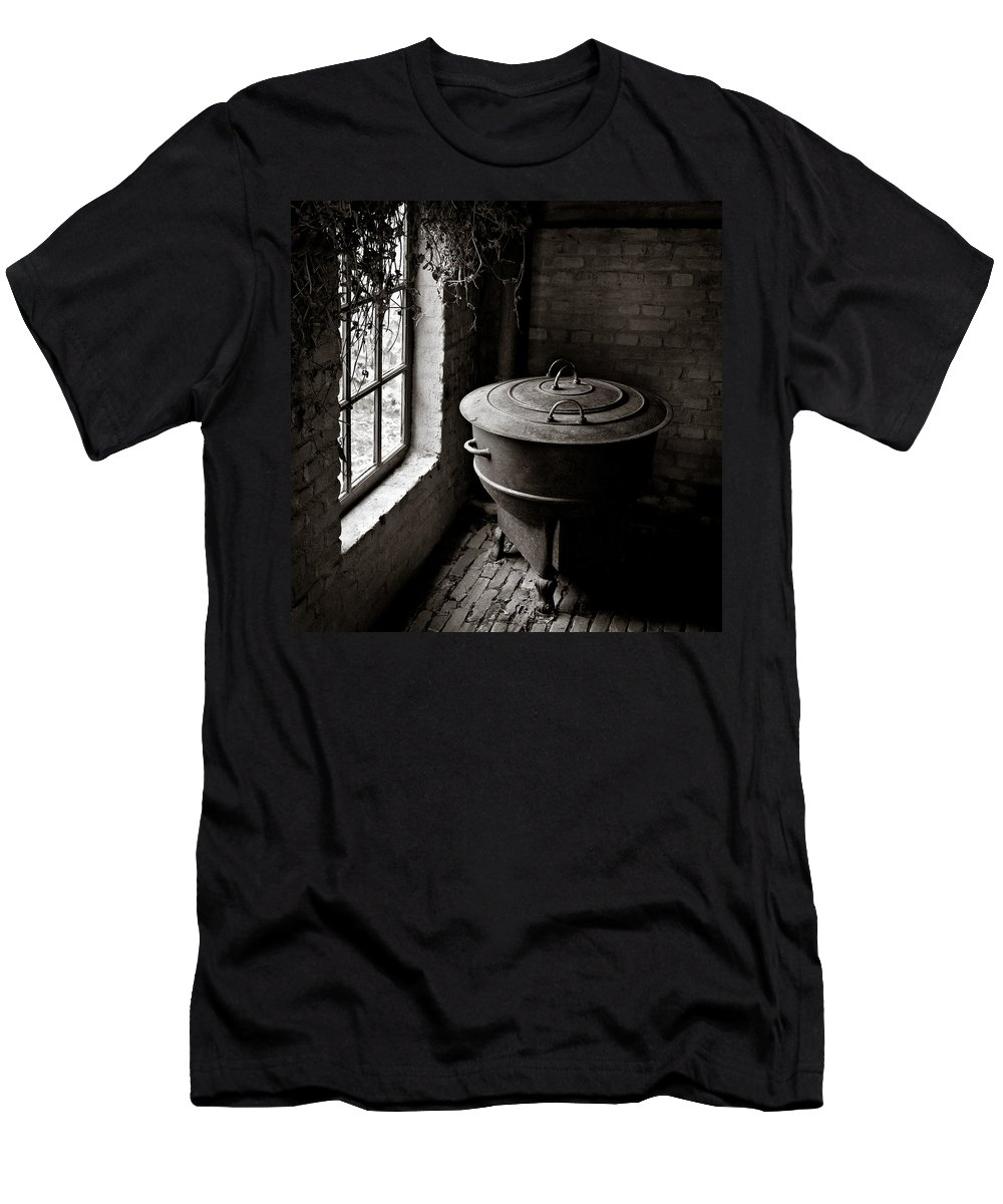 Old Men's T-Shirt (Athletic Fit) featuring the photograph Old Stove by Dave Bowman