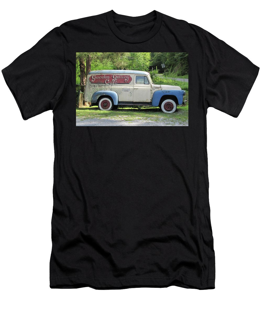 Panel Truck Men's T-Shirt (Athletic Fit) featuring the photograph Old Timer by Frank Castillo