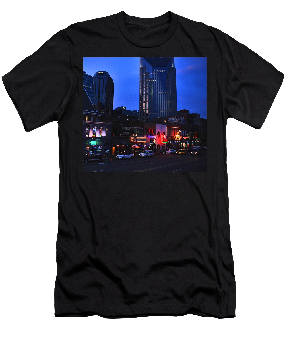 Nashville Photos Men's T-Shirt (Athletic Fit) featuring the photograph On Broadway In Nashville by Susanne Van Hulst
