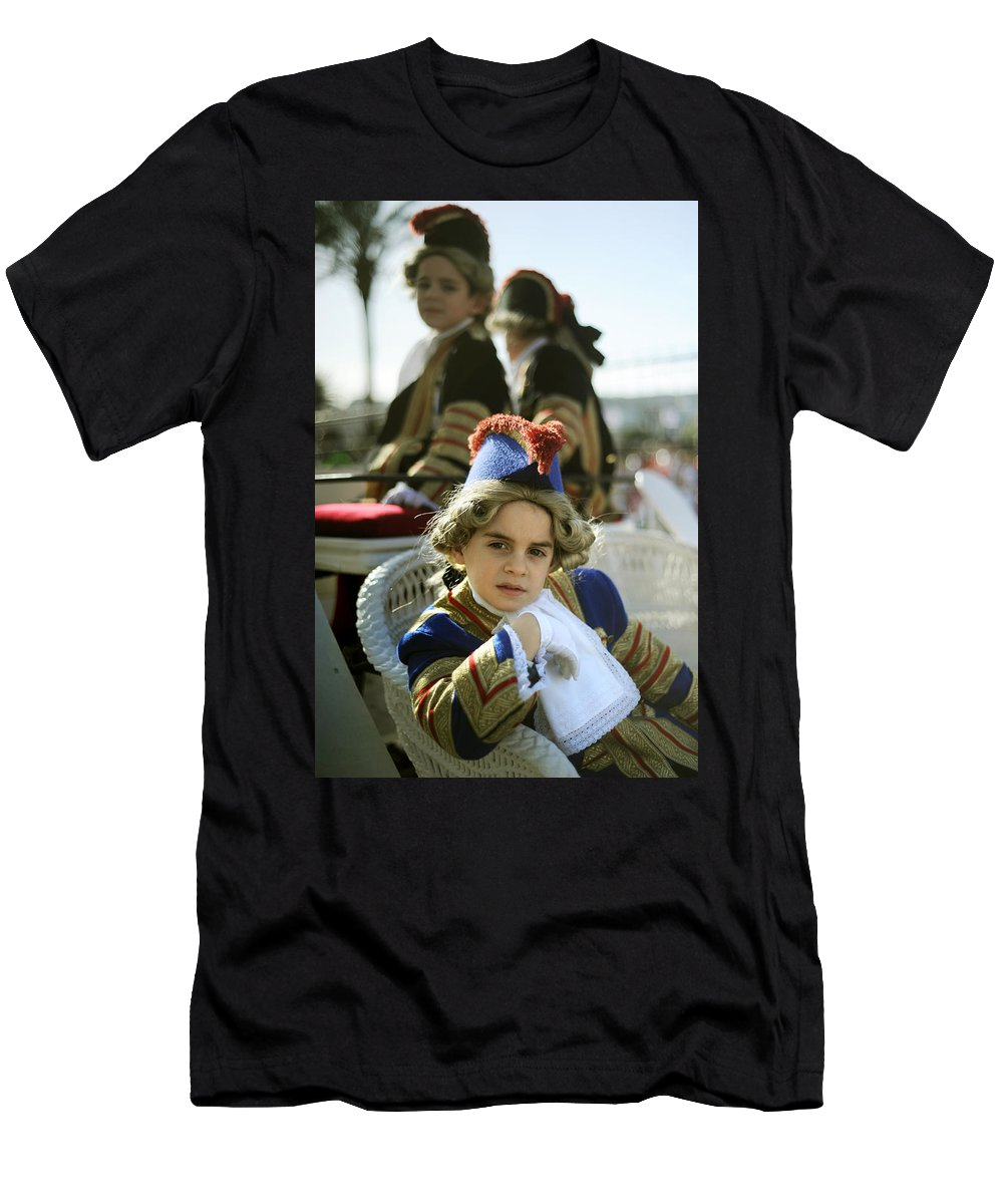 Spain Men's T-Shirt (Athletic Fit) featuring the photograph On The Carriage by Rafa Rivas