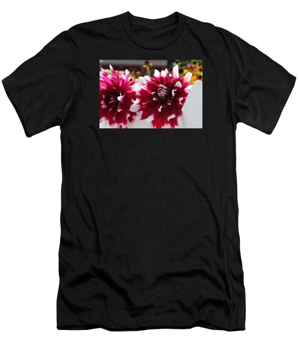 Amarilis Men's T-Shirt (Athletic Fit) featuring the photograph On The Fence by Juliano Da silva
